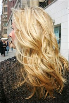 Going back to all blonde this weekend. I like the caramel highlights and overall warm tones here.