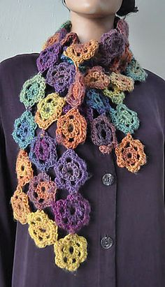 Excellent Totally Free Crochet Flowers scarf Strategies Ravelry: Crocheted Flower Scarf or Cowl pattern by Cathy Campbell Crochet Flower Scarf, Crochet Flower Patterns, Love Crochet, Crochet Gifts, Crochet Scarves, Crochet Shawl, Crochet Yarn, Crochet Flowers, Knit Shawls