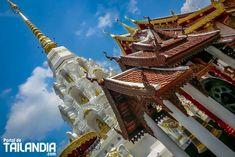 El Templo Wat Klang Wiang de Chiang rai una de esa joyas que no salen en las guías de viaje. Todo icono local de esta ciudad del norte de Tailandia. #tailandia #templos #chiangrai #viajar http://ift.tt/2nG94dq