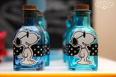 Snoopy | Criando e Contando - Luana Siqueira Snoopy Birthday, Snoopy Party, Glass Bottle Crafts, Wine Bottle Art, Snoopy Classroom, Baby Snoopy, Baby Girl 1st Birthday, Charlie Brown And Snoopy, Cute Cartoon Wallpapers