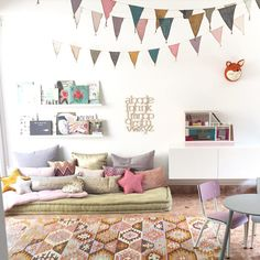 An online shop and little lifestyle store in Dempsey Hill Singapore. Design, decor & other delights for kids.