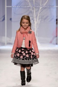 Young Bluemarine fashionista.  LOVE!