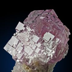 Fluorite Locality: Berbes, Asturias, Spain - A love for minerals Minerals And Gemstones, Crystals Minerals, Rocks And Minerals, Stones And Crystals, Beautiful Rocks, Mineral Stone, Asturias Spain, Rocks And Gems, Nature