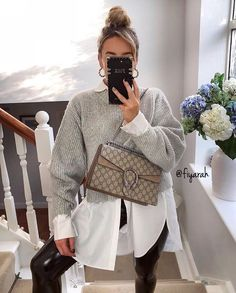 Currently at work placing Zara orders . Shirt - Zara Leggings - rebellious fashion Jumper - H&M Bag -… Casual Fall Outfits, Winter Fashion Outfits, Fall Winter Outfits, Classy Outfits, Look Fashion, Autumn Winter Fashion, Cool Outfits, Zara Fashion, Fashion Clothes