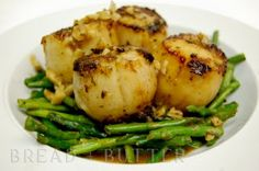 Bread + Butter: Pan-Seared Scallops with White Wine Sauce