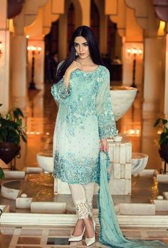 Pakistan leading fashion designer Maria-B introducing latest Embroidered Chiffon collection in very unique designs with stunning embroidery pattern. Pakistani Lawn Suits, Pakistani Designer Suits, Pakistani Dresses, Indian Suits, Party Wear Dresses, Casual Dresses, Eid Dresses, Chiffon Dresses, Chiffon Shirt