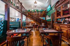 """Ирландский паб """"Dublin"""" в Санкт-Петербурге.: интерьер, фотография, английский, ресторан, кафе, бар, 100 - 200 м2, столовая, интерьерная фотография, цветная фотография #interiordesign #photo #english #british #anglican #royal #restaurant #cafeandbar #100_200m2 #diningroom #interiorphoto #colorphoto arXip.com"""