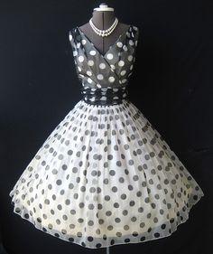 Retro Lucille Ball, robe noir et blanc à petits pois, vintage