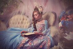 LIMITED EDITION Marie Antoinette Ball Gown Blue por EllaDynae