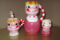 Vintage YUM-EE-YUM pitcher 1 milk cup 1 mug 1 spoon anthropomorpic smiley face