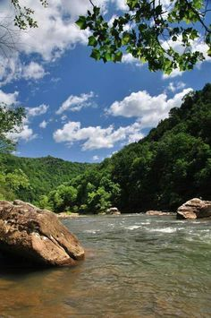 Área Gauley River National Recreation, perto de Summersville, West Virginia por melisa