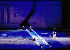 רוני תורן-Roni Toren: Tannhauser / Wagner 1994  Bayerische Staatsoper , Munchen , Germany Conductor : Zubin Mehta  Director : David Alden. Set:Roni Toren.Costumes : Buki Shiff Lighting : Pat Cllins Photo : Wilfried Hosl