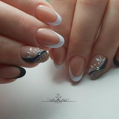 Give fashion to your nails with the help of nail art designs. Used by fashionable stars, these kinds of nail designs can add instantaneous elegance to your apparel. Perfect Nails, Gorgeous Nails, Pretty Nails, Nail Manicure, Diy Nails, Luxury Nails, Nail Art Diy, Beautiful Nail Designs, French Nails