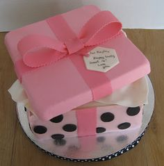 From Pattycakes Kitchen: How to Make a Gift Box Cake