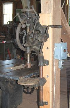 1000+ images about Old Iron Machinery on Pinterest | Band saws, Drills ...