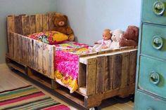 Repurposed Metal Furniture | Repurposed furniture from pallets