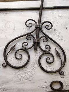 Steampunk Home Decor, Steampunk House, Blacksmith Projects, Welding Projects, Railing Design, Fence Design, Iron Window Grill, Forging Tools, Iron Stair Railing