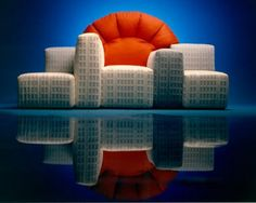 Notturno A New York sofa, designed by Gaetano Pesce for Cassina Toulouse, Sofa Furniture, Furniture Design, Funky Furniture, Contemporary Furniture, New York Sunset, Eighties Style, Art Deco Stil, Living In New York