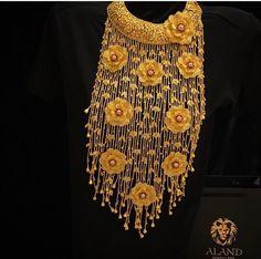 Kurdish Gold Gold Jewellery Design, Gold Jewelry, Jewelery, Gold Necklace, Turkish Jewelry, India Jewelry, Oriental Fashion, Gold Fashion, Looks Style