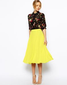 ASOS Pleated Midi Skirt http://asos.to/1pY3Qbw