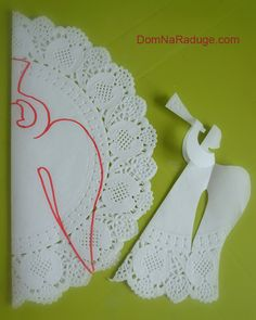 как сделать ангела из ажурной бумажной салфетки