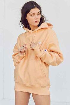 Champion + UO Reverse Weave Hoodie Sweatshirt - Urban Outfitters