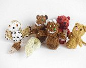 PDF Knitting pattern Gruffalo Finger puppets for charity Puppet Patterns, Knitting Patterns, Crochet Patterns, Knitting Projects, Crochet Projects, Gruffalo's Child, Crochet Gifts, Kids Crochet, Crochet Cross