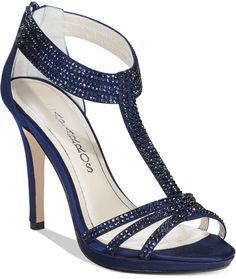 Our Favorite Blue Wedding Shoes | WomanGettingMarried.com