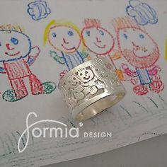 Kids art ring, family portrait cut out on sterling silver ring - drawing on ring - ring woth artwork- family ring Ring Ring, Drawing For Kids, Art For Kids, Nifty Diy, Kids Wraps, Resin Jewelry Making, Family Ring, Memorial Gifts, Cute Jewelry