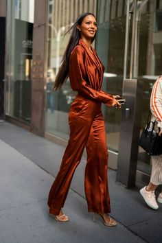Celebrity Sightings In New York City - May - your daily dose of Celebrities Lais Ribeiro, Sexy Outfits, Cool Outfits, Fashion Outfits, Modest Outfits, Victoria Secrets, Fashion Models, Girl Fashion, 90s Fashion
