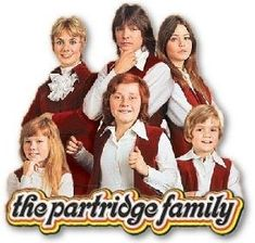 The Partridge Family Stills. The Partridge Family TV Show Set Images 70s Tv Shows, Old Shows, Great Tv Shows, Childhood Tv Shows, My Childhood Memories, Do Re Mi, Cinema Tv, Family Tv, Family Songs
