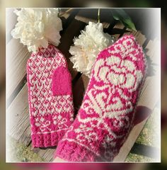 Kirjoneulelapaset kukkalapaset fair isle knitting