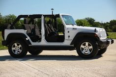 White Jeep Wrangler Unlimited With Top And Doors Off Four Door Jeep Wrangler, Jeep Wrangler Tops, Jeep Wrangler Lifted, Jeep Wrangler Sahara, Jeep Wranglers, Lifted Jeeps, Jeep Jeep, Jeep Rubicon, Lifted Chevy