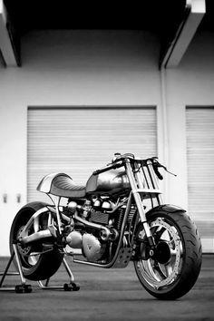 I love bike - Triumph Cafe Racer Triumph Cafe Racer, Cafe Racer Motorcycle, Motorcycle News, Bobber Custom, Custom Bikes, Cool Motorcycles, Triumph Motorcycles, Vintage Motorcycles, Scooters