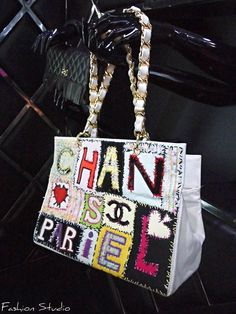 Chanel 90's Collection