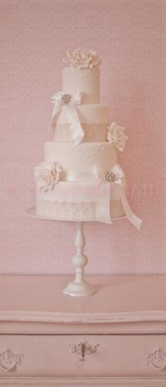 Wedding cake Vintage - Wedding cake, bruidstaart, silly bakery  www.sillybakery.nl