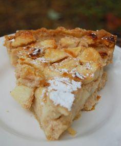 Sour cream apple pie, Apples and Cream on Pinterest