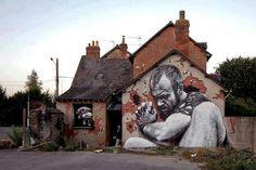 It is the best in street art that I've seen in a year. Street Art by MTO in Rennes France) 3d Street Art, Street Art Utopia, Amazing Street Art, Street Art Graffiti, Street Artists, Awesome Art, Awesome House, Nice Art, It's Amazing