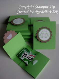 Cute little gum holders - create a Christmas version