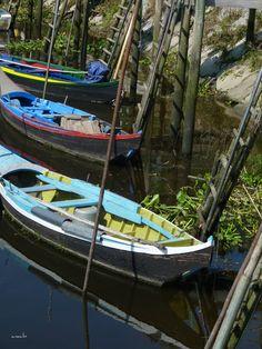 Escaroupim - Salvaterra de Magos - Portugal 7 lugares quase desconhecidos em Portugal continental - Viajar. Porque sim. Portugal, 7 Places, Outdoor Furniture, Outdoor Decor, Portuguese, Sim, My Photos, Boat, Lisbon