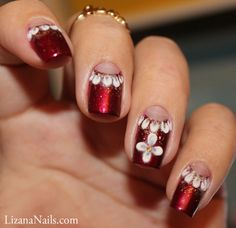 3D repro nail art by Lizana Nails