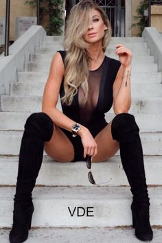 Black Over The Knee Boots Spring & Summer Fashion Ideas For Women - Classy Outfits Elegantes Outfit, Looks Chic, Sexy Boots, Hot Blondes, Sexy High Heels, Sexy Hot Girls, Sexy Outfits, Classy Outfits, Summer Outfits