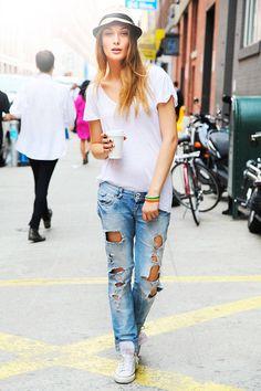 New York Fashion Week Street Style - Spring 2013 Street Style - ELLE  White tees, endless possibilities