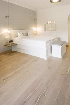 Overview of all references from mafi natural wood floors. See for yourself the benefits of using mafi natural wood floors in private as well as business areas! Natural Wood Flooring, Wooden Flooring, Hardwood Floors, Hotel Lobby, Grand Hotel, White Oak, Wood Species, Plank, Sweet Home