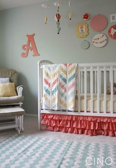love everything about this nursery!  craftiness is not optional: the big nursery reveal!