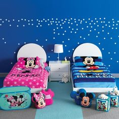 Avon Living Disney Mickey Mouse Zippysack® - Regular price $39.99 | AVON – Avon Living – Kids Room Decor – Shop Avon Living Kids Room Decor products at:  https://www.avon.com/category/avon-living/kids?rep=barbieb #disney #mickeymouse #zippysack #twin #avonliving #kidscorner #avonrep
