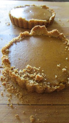 Maple Pumpkin Pie with Graham Cracker Crust