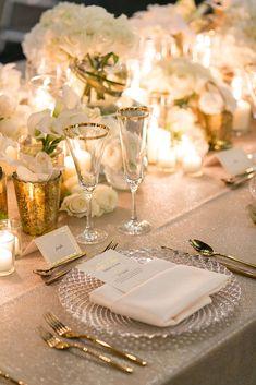 Romantic Dinner Setting, Romantic Dinner Tables, Dinner Table Set Up, Wedding Table Settings, Dinner Table Settings, Elegant Table Settings, Dinner Party Decorations, Table Decorations, Elegant Dinner Party