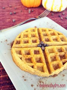 pumpkin protein waffles!! healthy, paleo recipe...these are SOOOO good!!