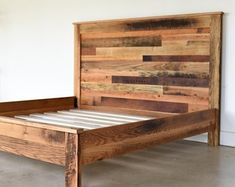 55 super Ideas for pine wood bed etsy Reclaimed Wood Beds, Rustic Nightstand, Wood Platform Bed, Into The Woods, Rustic Bedding, Bed With Drawers, Old Dressers, Diy Holz, Diy Bed